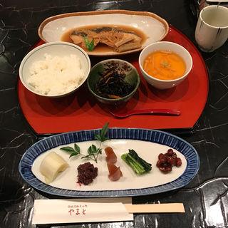 粕炊き煮魚 やまと定食(膳処 やまと サカエチカ店)
