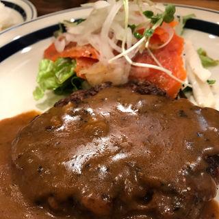 ハンバーグ & スモークサーモン(だんでぃらいおん )