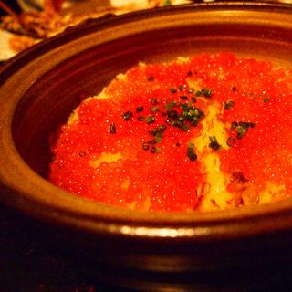 鮭とイクラの釜飯(燗アガリ )