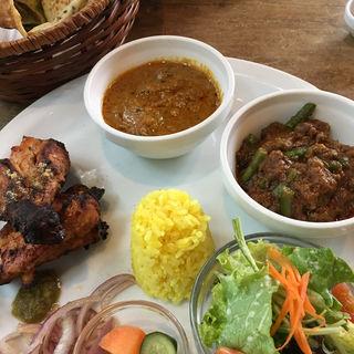 豆のキーマカリー&カジキマグロとナスのカリー(シャンティ 押熊店 (SHANTI))