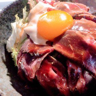 桜島ローストビーフ丼(やまさきの焼肉 )