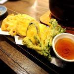 野菜天ぷらの盛合せ