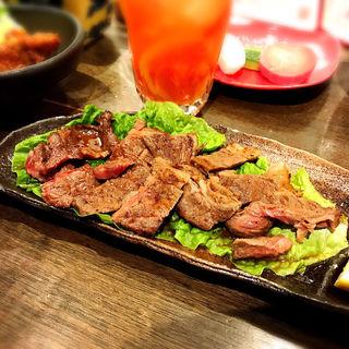 牛ロースのおつまみステーキ(ここら屋 中目黒店 )