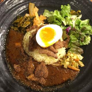 本格的なカレーにこだわりたいなら、西新宿エリアのインドカレーがおすすめです!