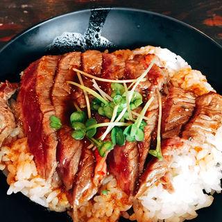 ステーキ丼(レッドロック 元町店 )