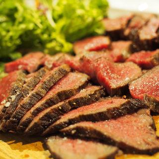 塊肉ステーキ 神居牛 内平(100円/10g) ※部位、gにより異なります(オカズtoステーキ)