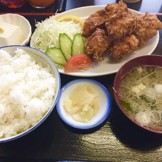 唐揚げ定食(サラダ付き)(味八宝 )