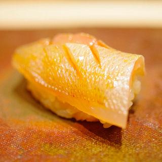 かすご 昆布締め(鮨 由う)
