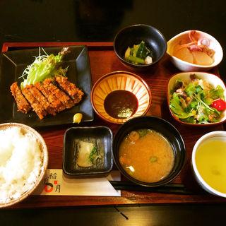 魚でしっかりお昼ごはん(稲月 )