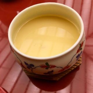 蛤のスープ蒸し 茶碗地仕立て(四季乃 (シキノ))