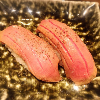 タン(肉寿司 間借り)