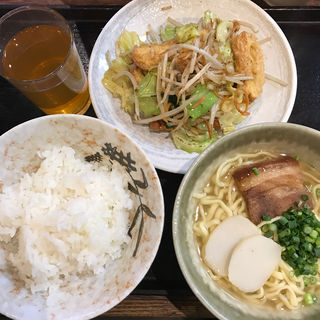麩ちゃんぷるー(定食)(沖縄食堂 やんばる)