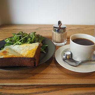 モーニングセット 角食トースト with チーズ(cafe634)