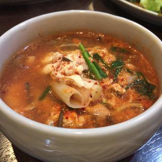 ユッケジャンスープ(三宿トラジ )