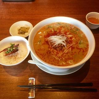 担々麺定食(孝蘭 (KOH-RAN【旧店名】酔仙楼))