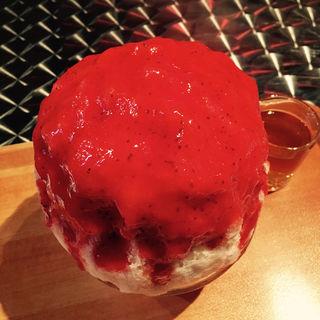 苺のコクテイルみるく(大人限定)(かき氷喫茶 バンパク )