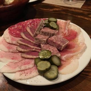 【シャリュキュトリー ~肉の惣菜おつまみ~】 本日の盛り合わせ(ボンメゾン (BON MAISON))