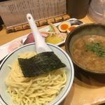 スープが旨い!銀座一丁目周辺で食べる絶品つけ麺10選
