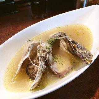 牡蠣の白ワイン蒸し(牡蠣 やまと )