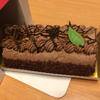 チョコロールケーキ(サロン ド ボヌール )