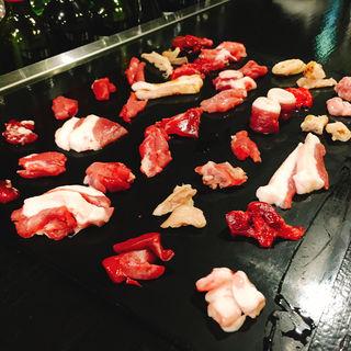 鴨刺し30種(天満鴨バル ねぎま)