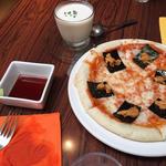 ウニのピザ