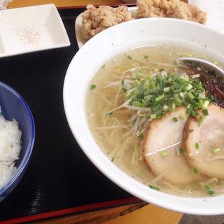 C定食(ラーメン+唐揚げ+ごはん)(拍虎 野方店)