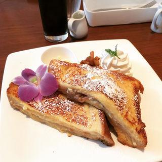 フレンチトースト(バナナクリーム)(カフェ バニヤン (Cafe Banyan))