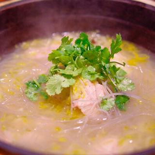 豚三枚肉と発酵白菜の煮込み(味坊鉄鍋荘 (アジボウテツナベソウ))