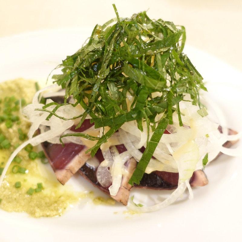 ランチの前菜 鰹のカルパッチョ