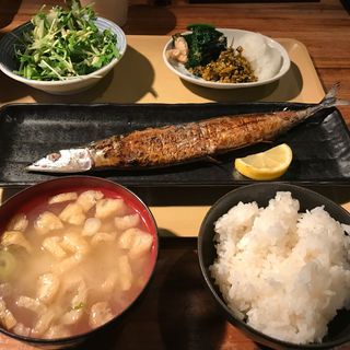 塩サンマ定食(陶生家)