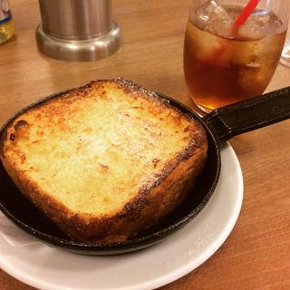 鉄板フレンチトースト(パンとエスプレッソと (BREAD,ESPRESSO &))
