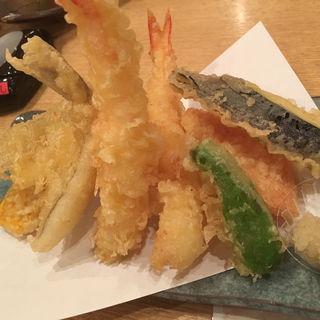 天ぷら盛り合わせ(まるとく食堂)