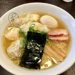 特製ワンタン麺 白だし(支那そば 八雲 (しなそば やくも))
