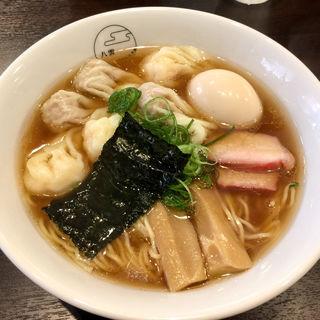 特製ワンタン麺(黒だし)(支那そば 八雲 (しなそば やくも))