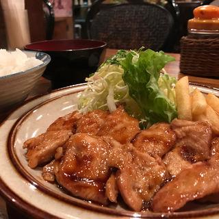 若鶏のタレ焼き定食(むちゃちゃ )