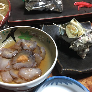 なまこポン酢とサザエの壷焼き(かねや別館 )