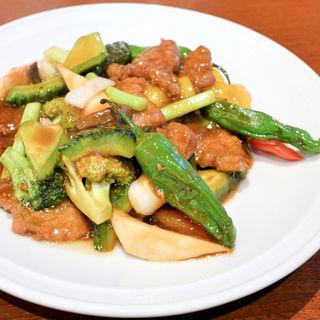 牛肉の黒胡椒炒め(メイウェイ (MeiWei))