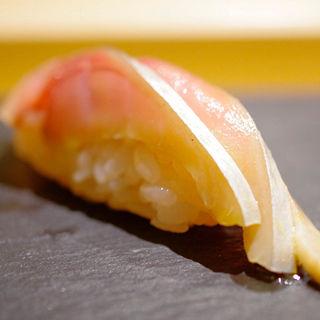 〆鯖(丸萬寿司 )