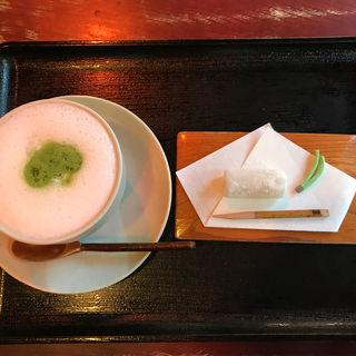 抹茶ラテ(古桑庵 (こそうあん))