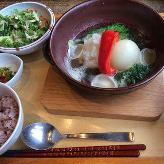 もずくあんかけ豆腐つくねハンバーグ定食(やさい家めい レミィ五反田店 )