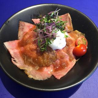 松坂牛ローストビーフ丼(ラ ベルマルシェ 新虎通り店)