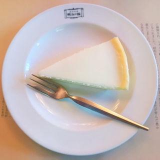 チーズケーキ(ニルバーナ)(明治の館 (メイジノヤカタ))