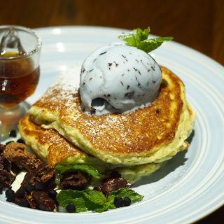 チョコミントパンケーキ(ハッシェル カフェ (Hashelle Cafe))