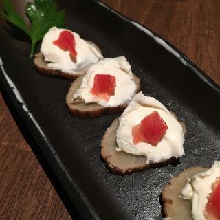 いぶりがっこチーズ(串房酔゛下北沢店 (クシボウズ))