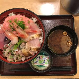 海鮮丼(丼いなはん )