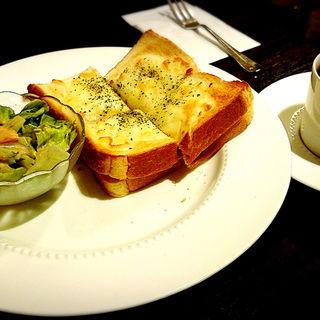 ハム&チーズトーストモーニング(UCCカフェプラザ 博多駅ビル店 (Cafe Plaza))