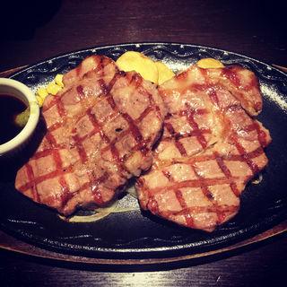 特選三元豚ダブル(ステーキハンバーグ&サラダバーけん郡山店)