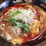 酸辣雲呑麺