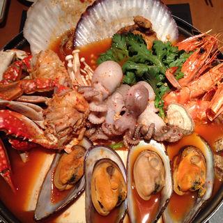 海鮮鍋(海鮮宮 (カイセングウ))